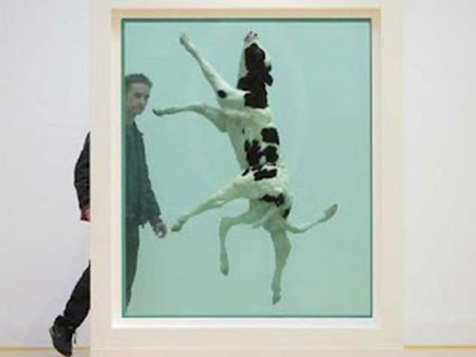 Young british artists Damien Hirst. Lejos del rebaño. Oveja sumergida en formaldehido.