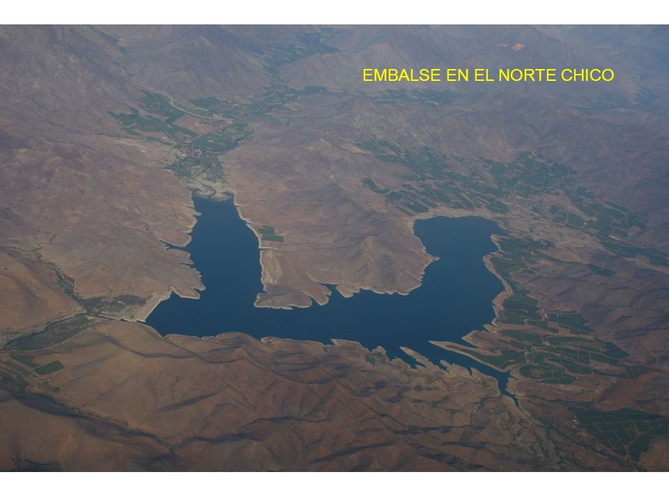 EMBALSE EN EL NORTE CHICO