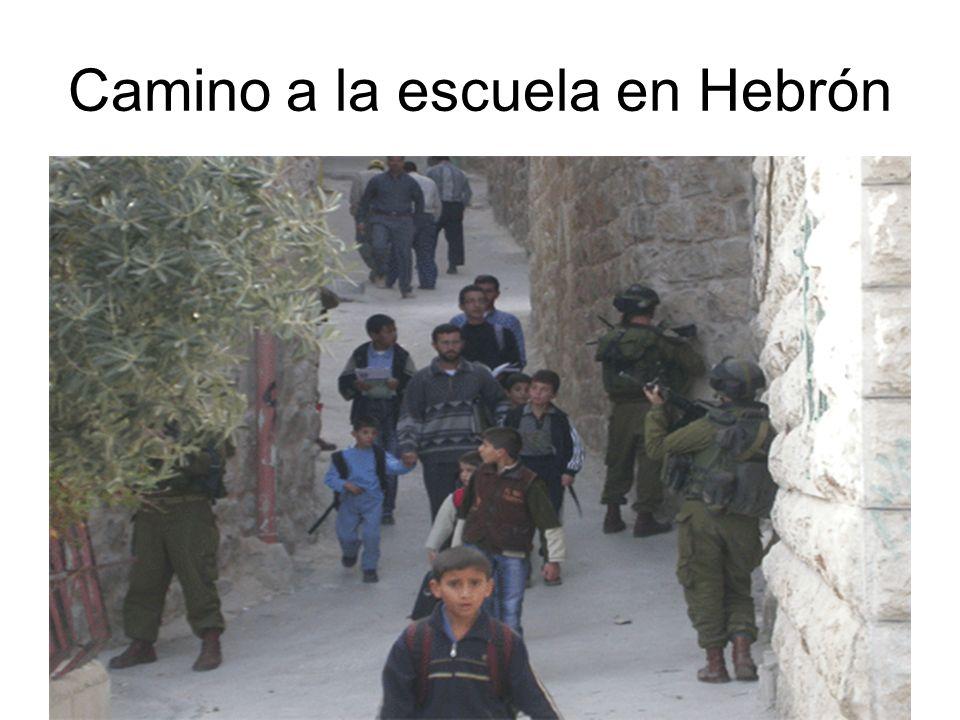 Camino a la escuela en Hebrón