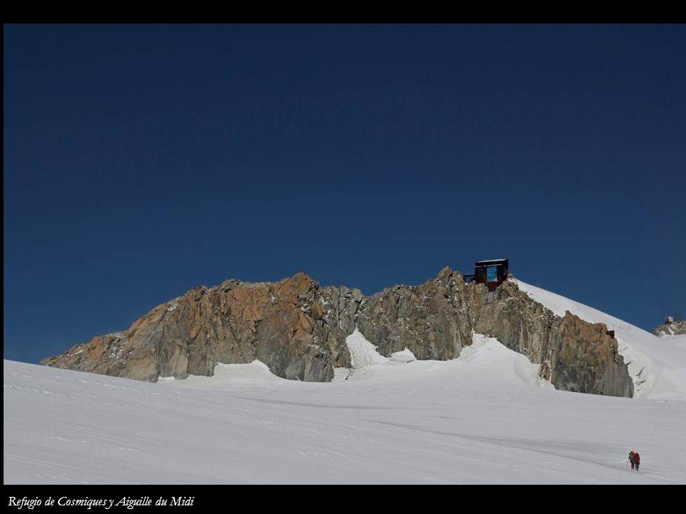 Refugio de Cosmiques y Aiguille du Midi