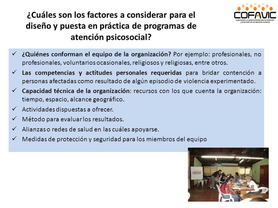 ¿Cuáles son los factores a considerar para el diseño y puesta en práctica de programas de atención psicosocial