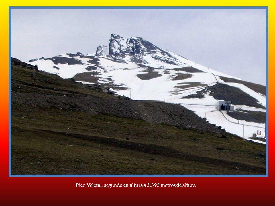 Pico Veleta , segundo en altura a 3.395 metros de altura