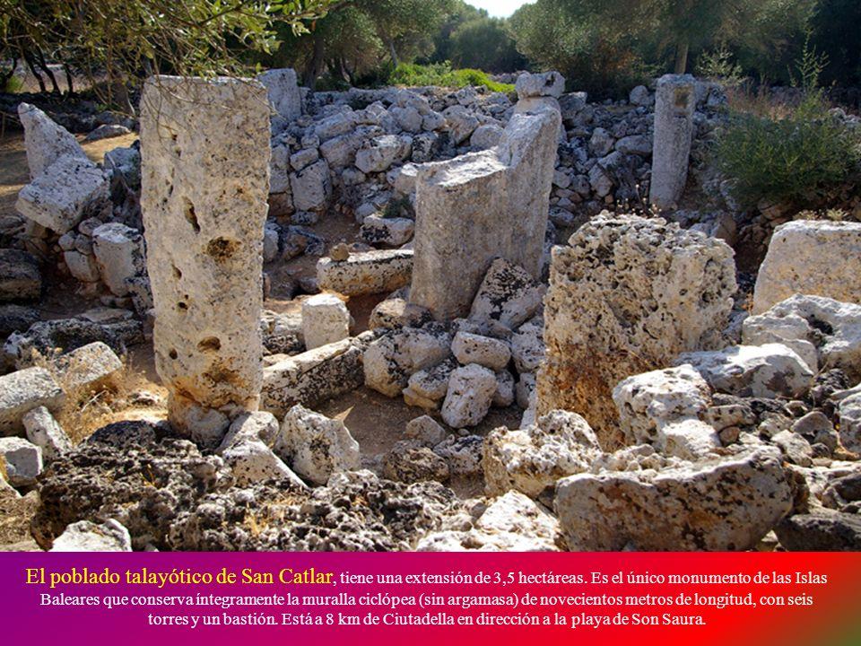 El poblado talayótico de San Catlar, tiene una extensión de 3,5 hectáreas.