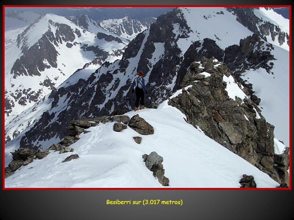 Besiberri sur (3.017 metros)