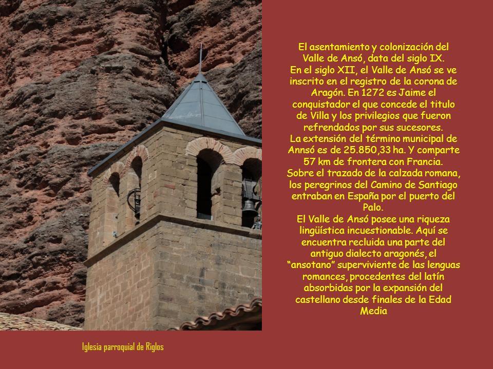 El asentamiento y colonización del Valle de Ansó, data del siglo IX.