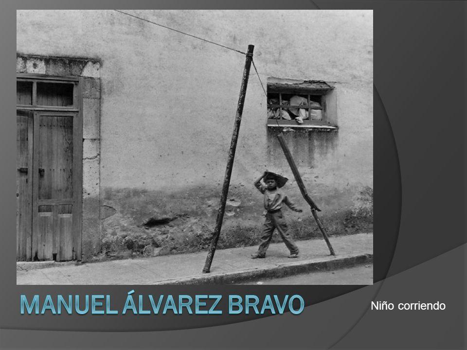 Manuel Álvarez Bravo Niño corriendo