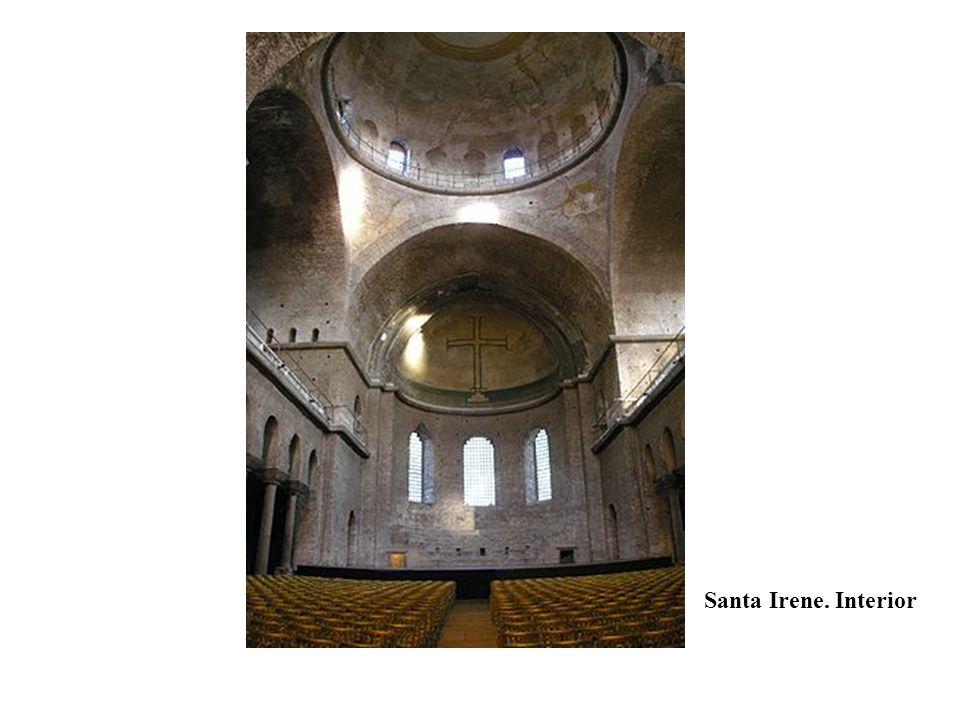 Santa Irene. Interior