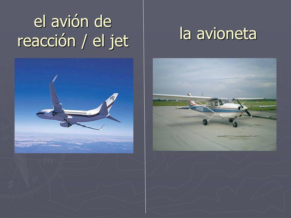 el avión de reacción / el jet