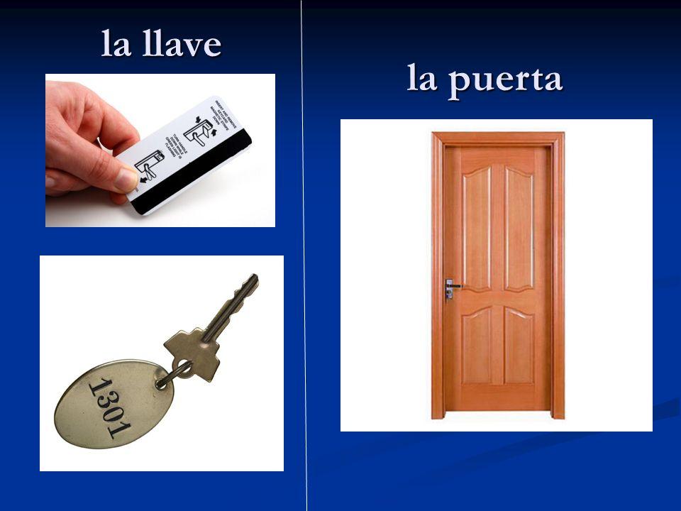 la llave la puerta