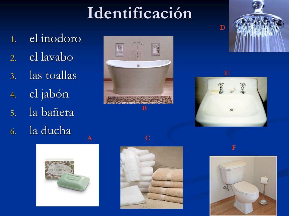 Identificación el inodoro el lavabo las toallas el jabón la bañera