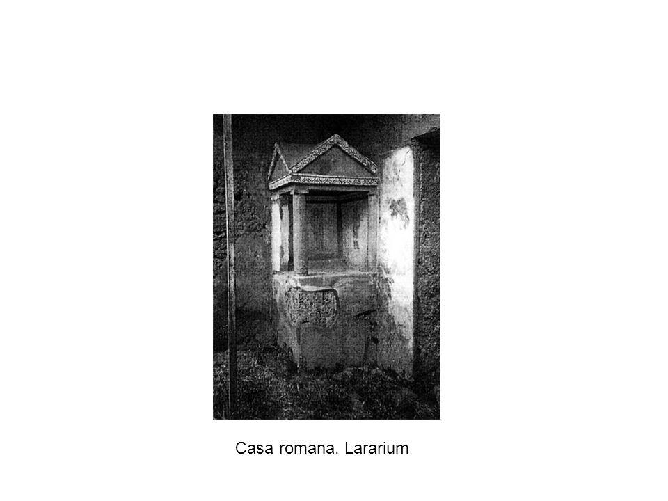 Casa romana. Lararium