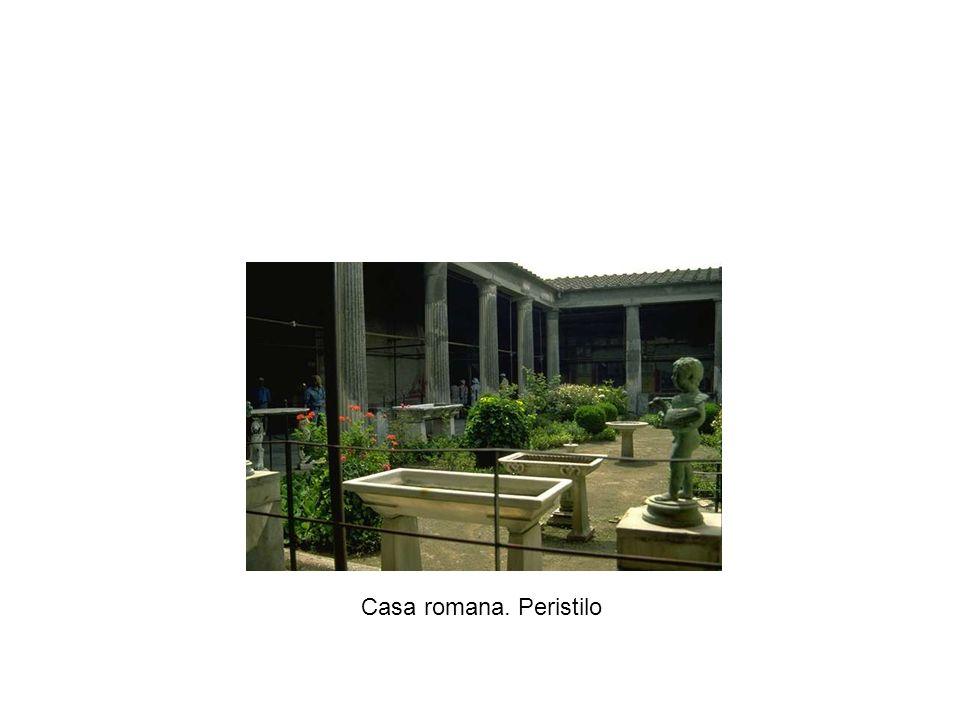 Casa romana. Peristilo