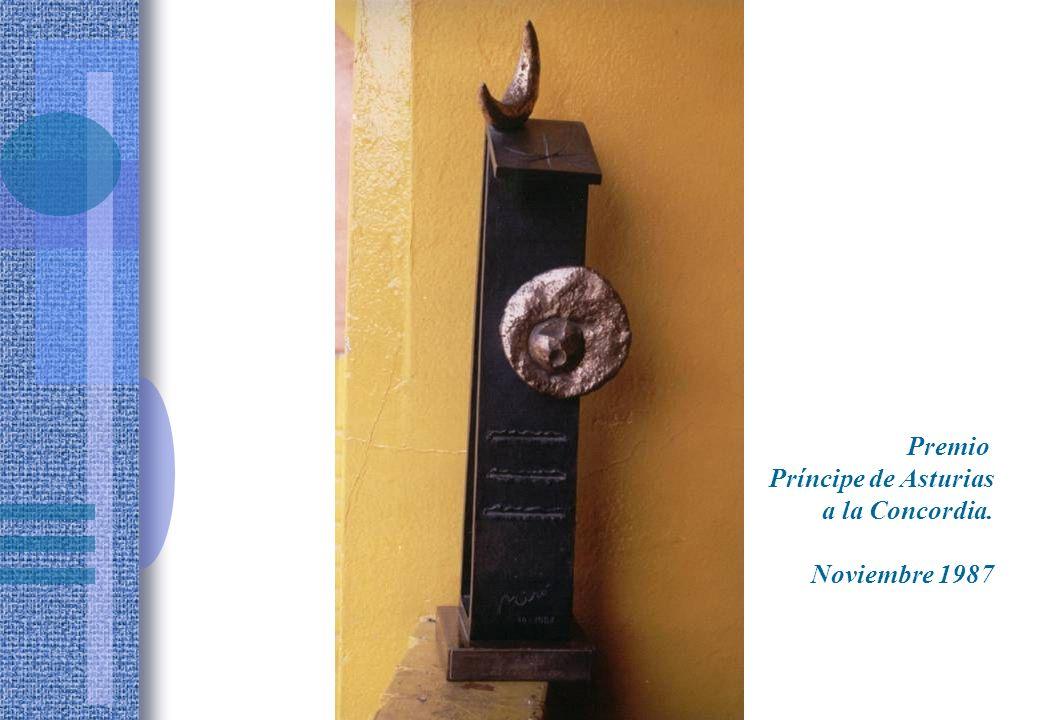 Premio Príncipe de Asturias a la Concordia. Noviembre 1987