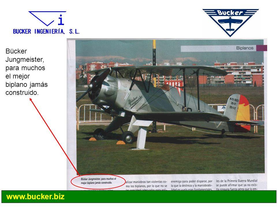 Bücker Jungmeister, para muchos el mejor biplano jamás construido.