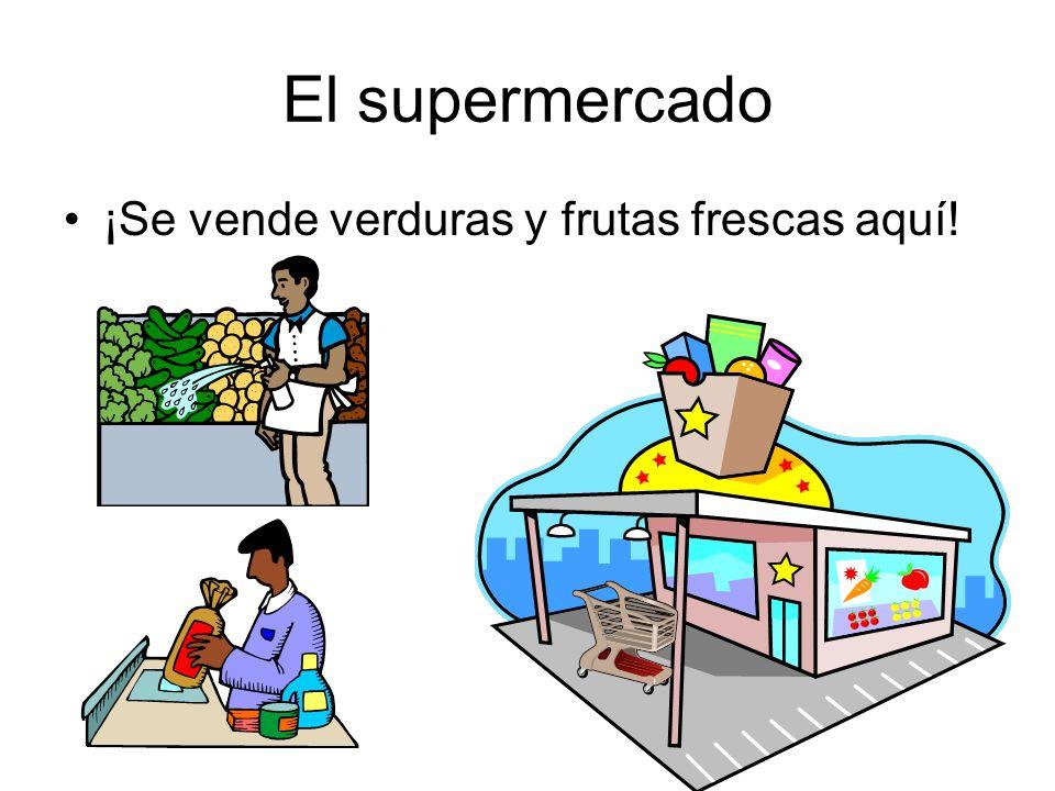 El supermercado ¡Se vende verduras y frutas frescas aquí!