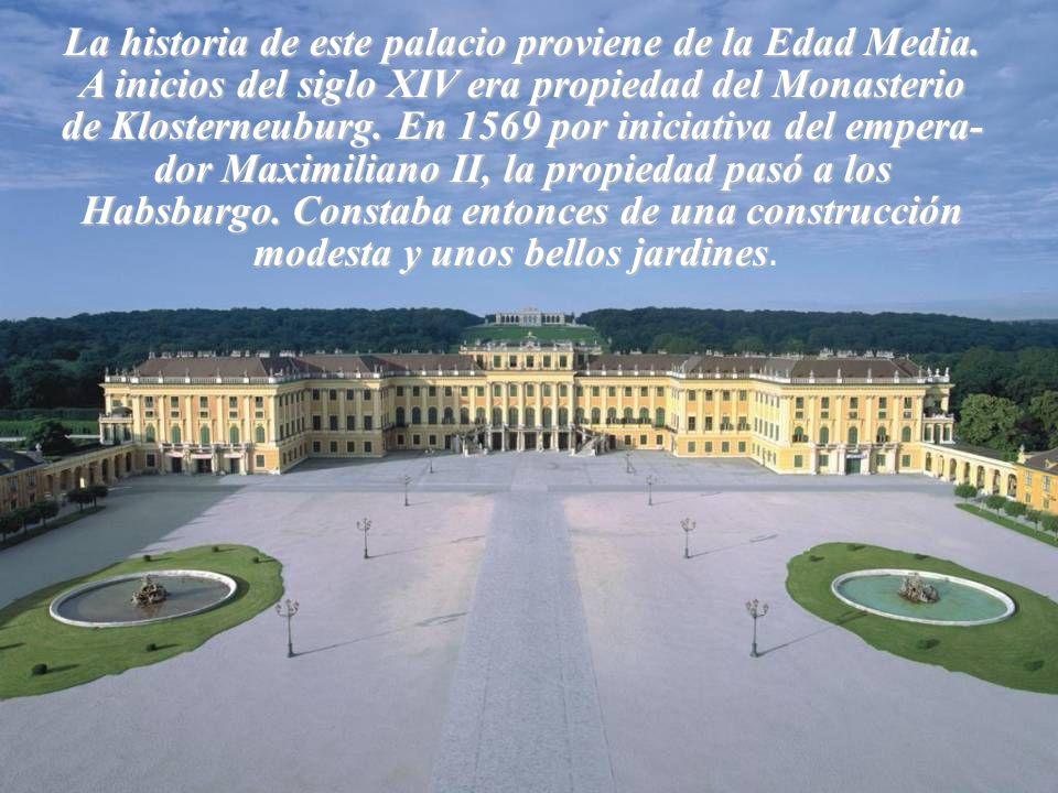 La historia de este palacio proviene de la Edad Media