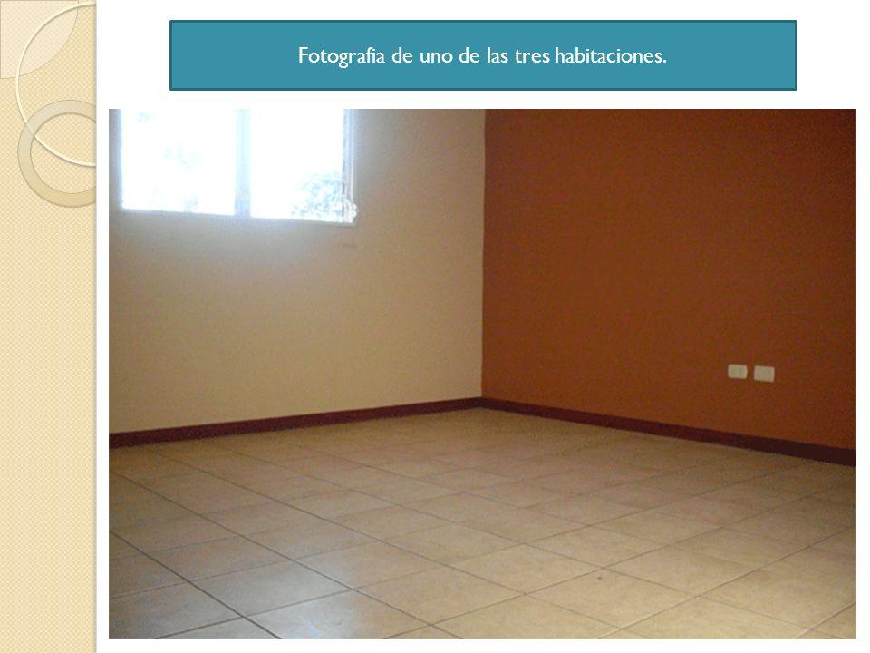 Fotografia de uno de las tres habitaciones.