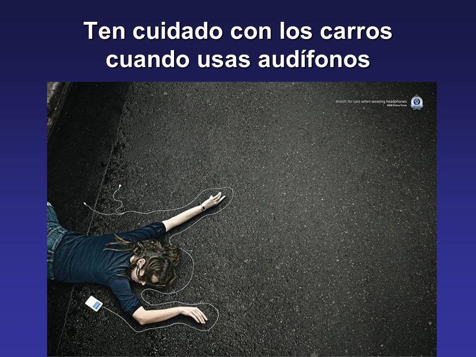 Ten cuidado con los carros cuando usas audífonos