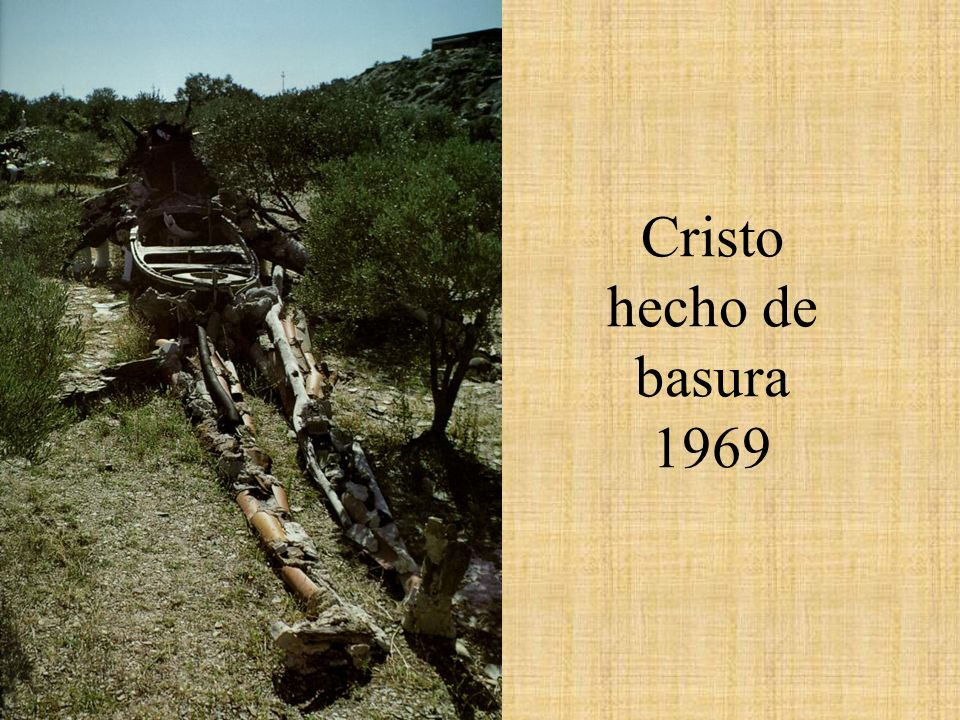 Cristo hecho de basura 1969