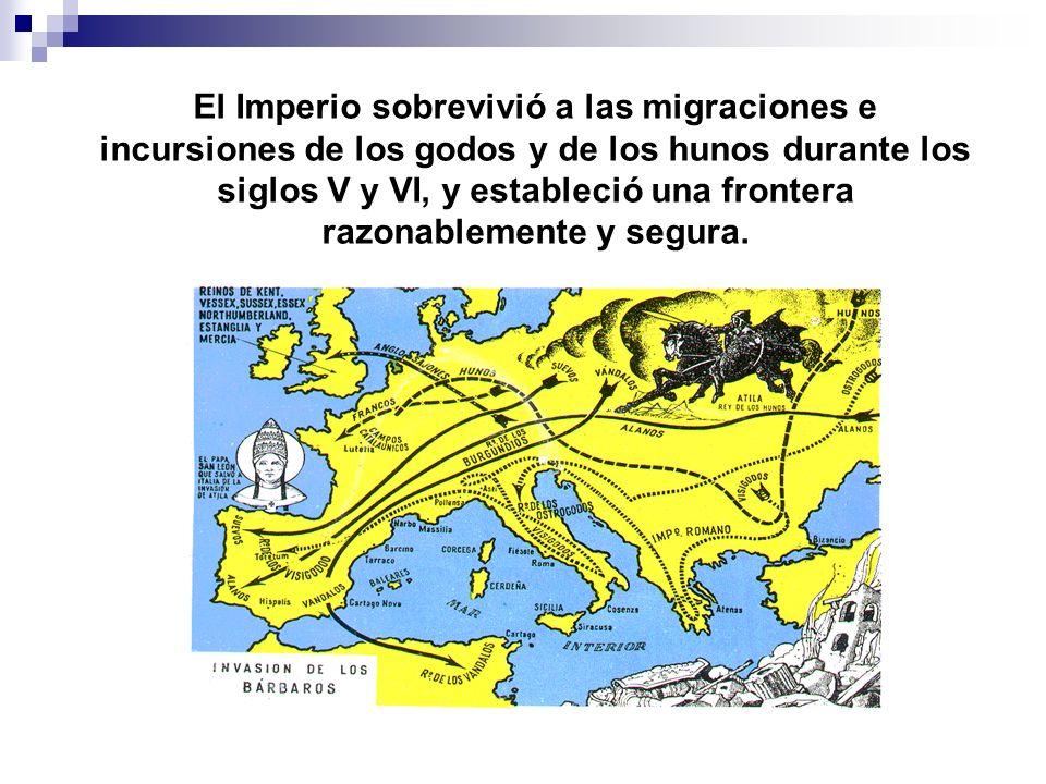 El Imperio sobrevivió a las migraciones e incursiones de los godos y de los hunos durante los siglos V y VI, y estableció una frontera razonablemente y segura.
