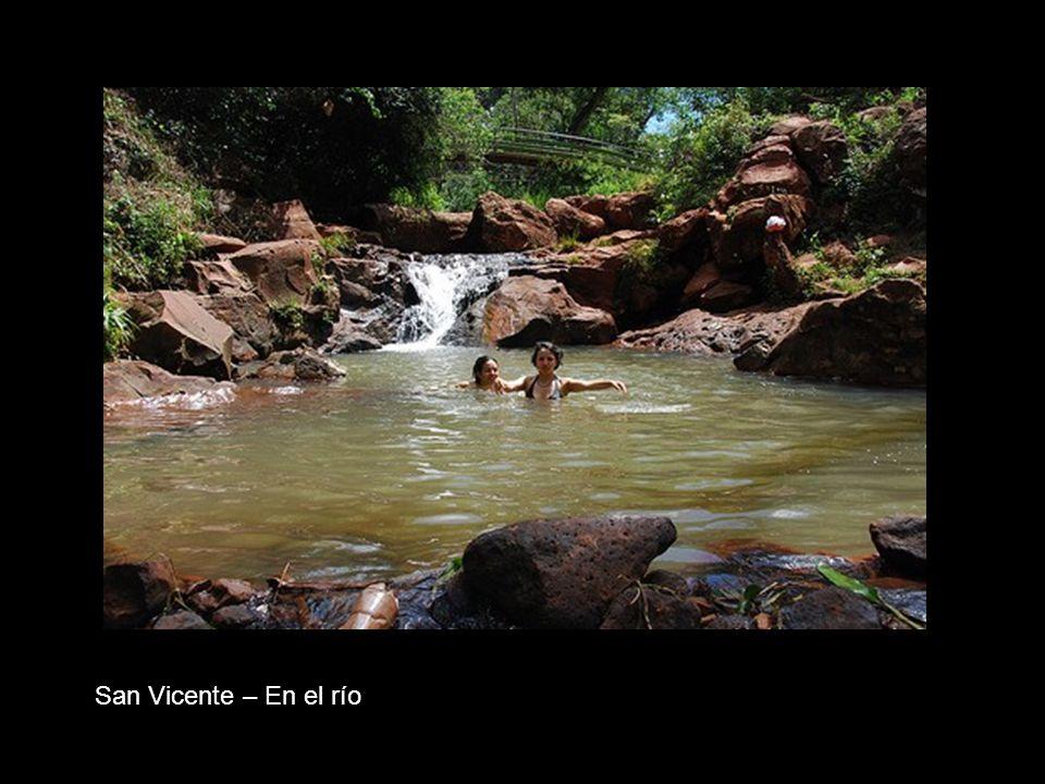 San Vicente – En el río