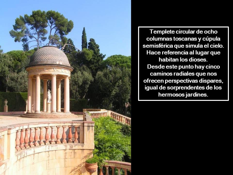 Templete circular de ocho columnas toscanas y cúpula semisférica que simula el cielo. Hace referencia al lugar que habitan los dioses.