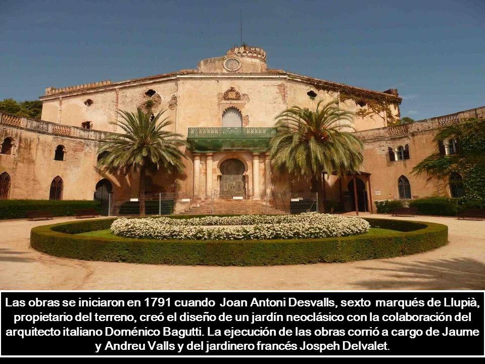 Las obras se iniciaron en 1791 cuando Joan Antoni Desvalls, sexto marqués de Llupià, propietario del terreno, creó el diseño de un jardín neoclásico con la colaboración del arquitecto italiano Doménico Bagutti.