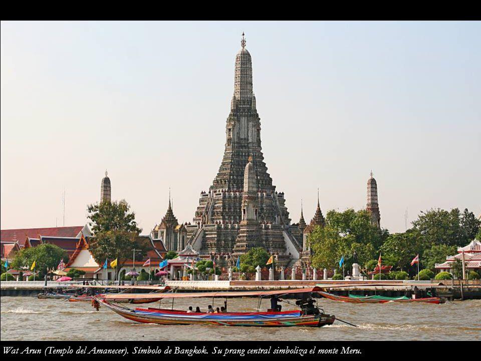 Wat Arun (Templo del Amanecer). Símbolo de Bangkok