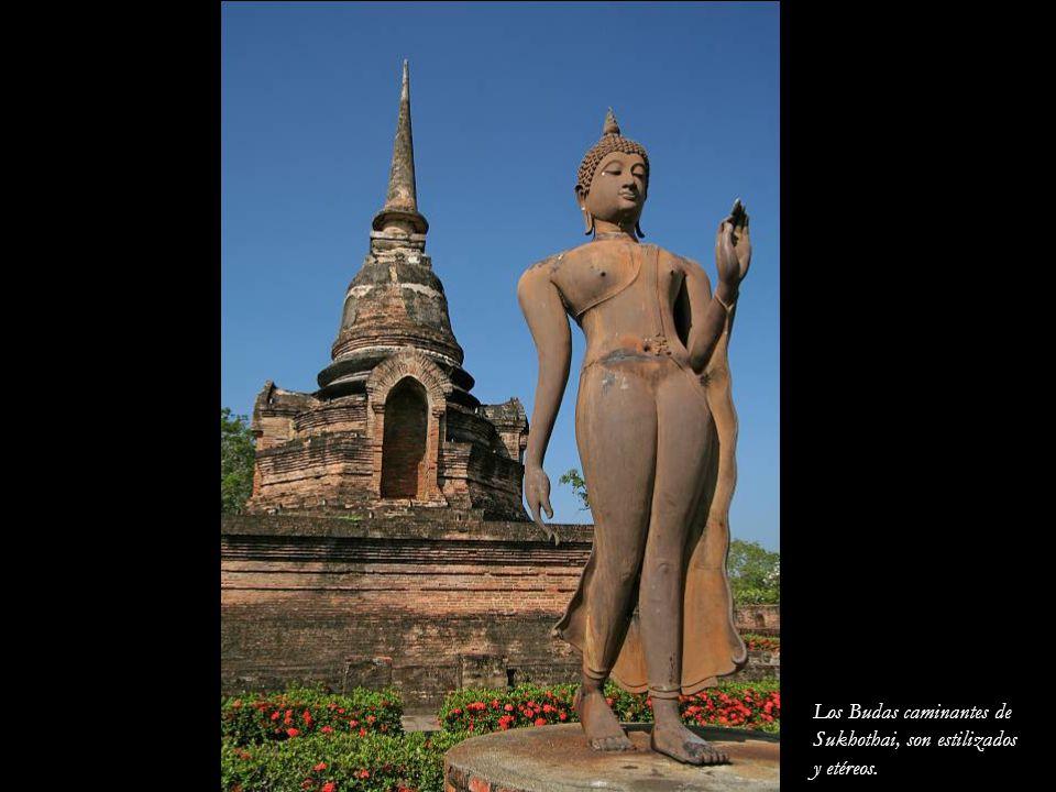 Los Budas caminantes de