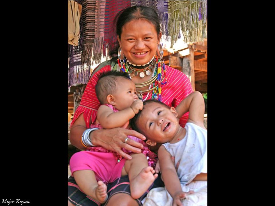 Mujer Kayaw