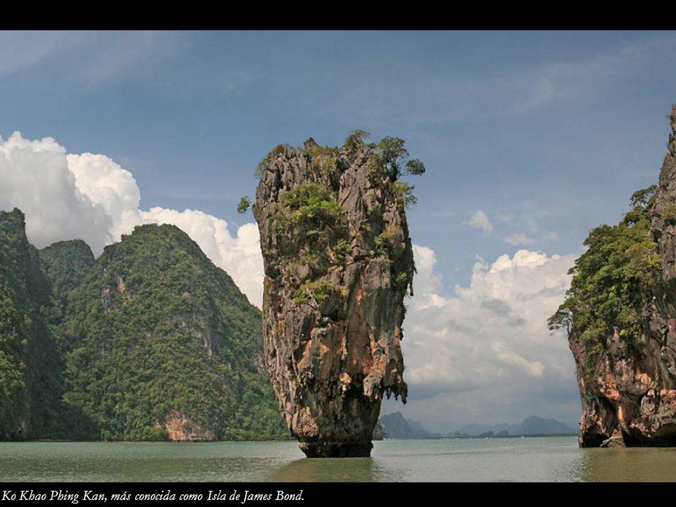 Ko Khao Phing Kan, más conocida como Isla de James Bond.