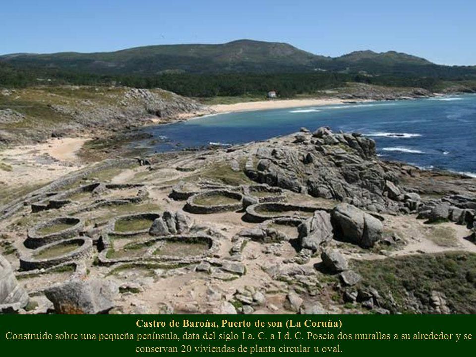 Castro de Baroña, Puerto de son (La Coruña) Construido sobre una pequeña península, data del siglo I a.