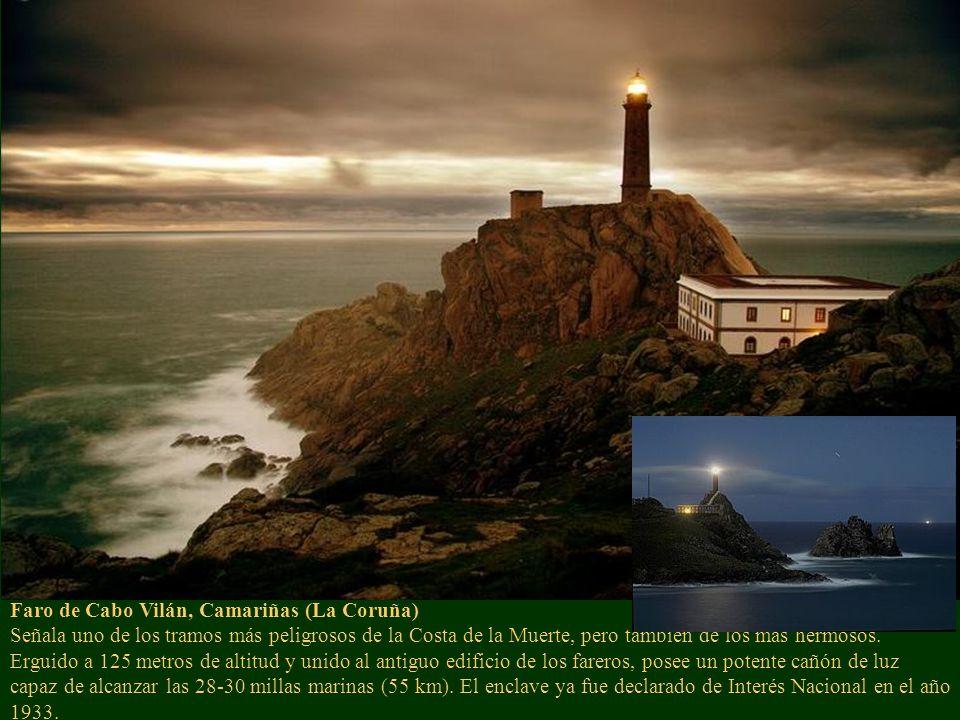 Faro de Cabo Vilán, Camariñas (La Coruña) Señala uno de los tramos más peligrosos de la Costa de la Muerte, pero también de los más hermosos.