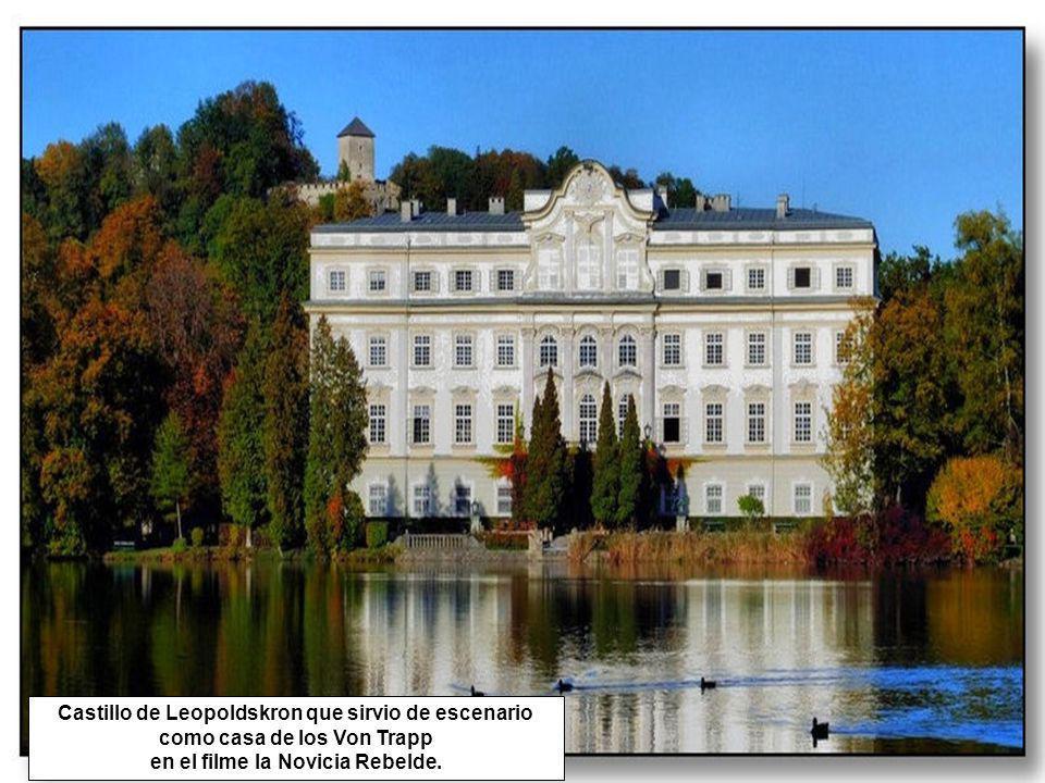 Castillo de Leopoldskron que sirvio de escenario como casa de los Von Trapp en el filme la Novicia Rebelde.