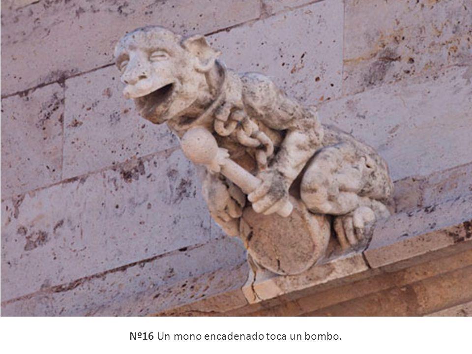 Nº16 Un mono encadenado toca un bombo.