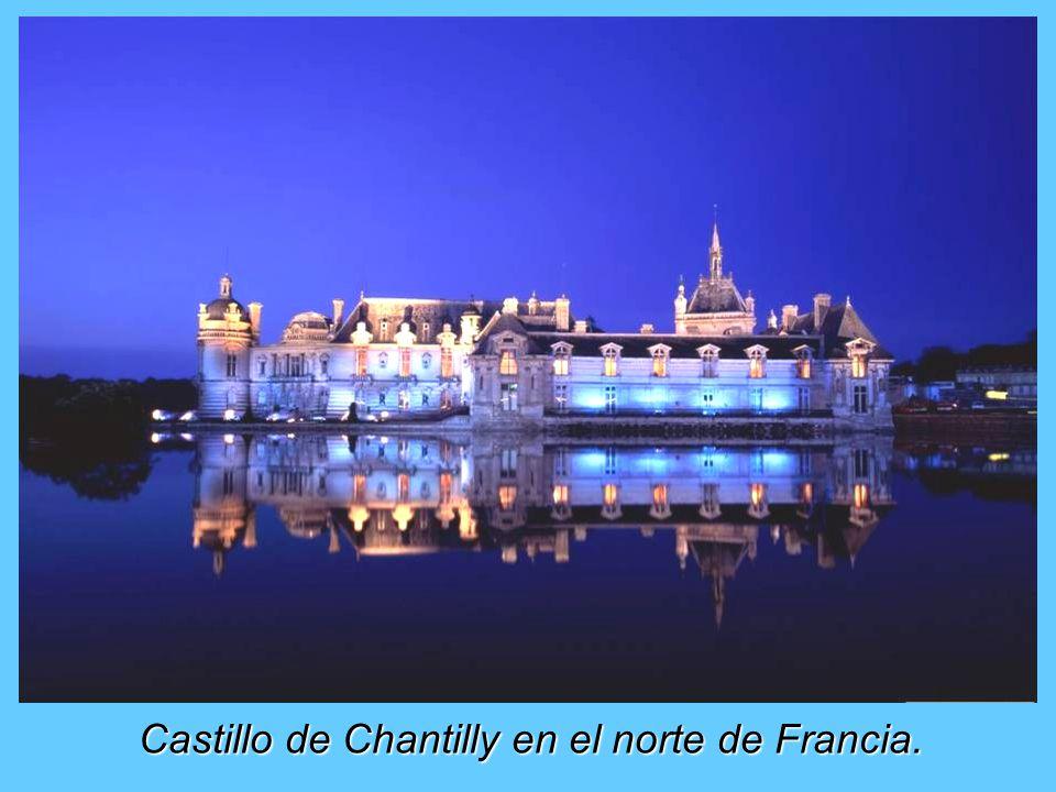 Castillo de Chantilly en el norte de Francia.