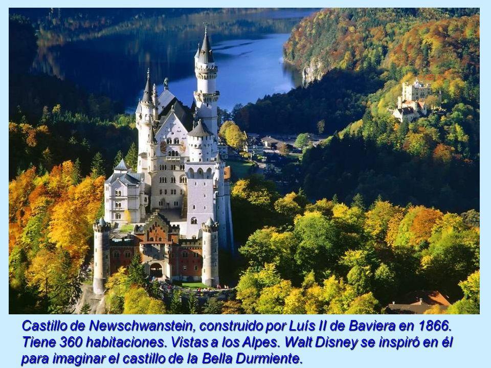 Castillo de Newschwanstein, construido por Luís II de Baviera en 1866