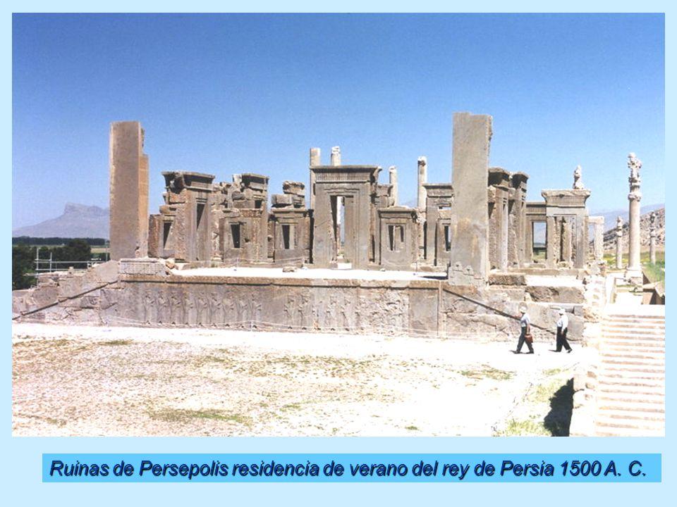 Ruinas de Persepolis residencia de verano del rey de Persia 1500 A. C.