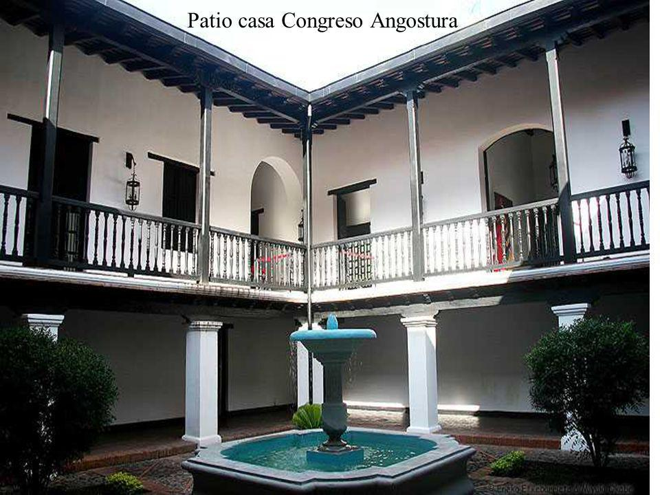 Patio casa Congreso Angostura