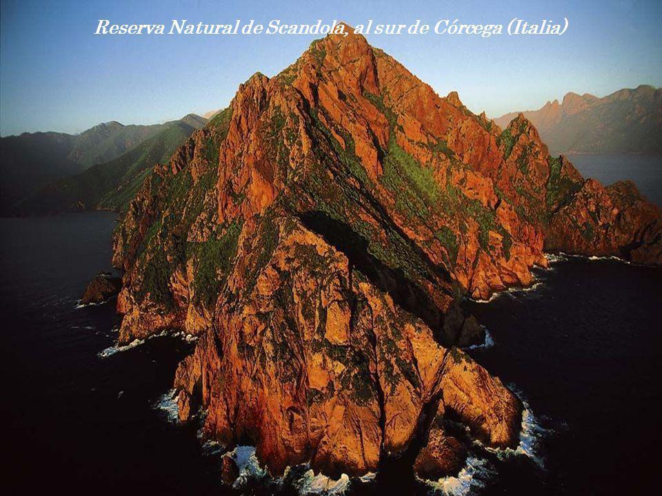 Reserva Natural de Scandola, al sur de Córcega (Italia)