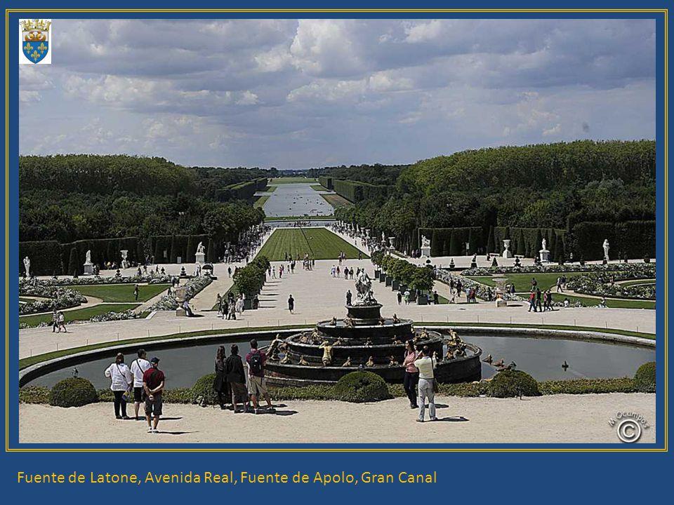 Fuente de Latone, Avenida Real, Fuente de Apolo, Gran Canal