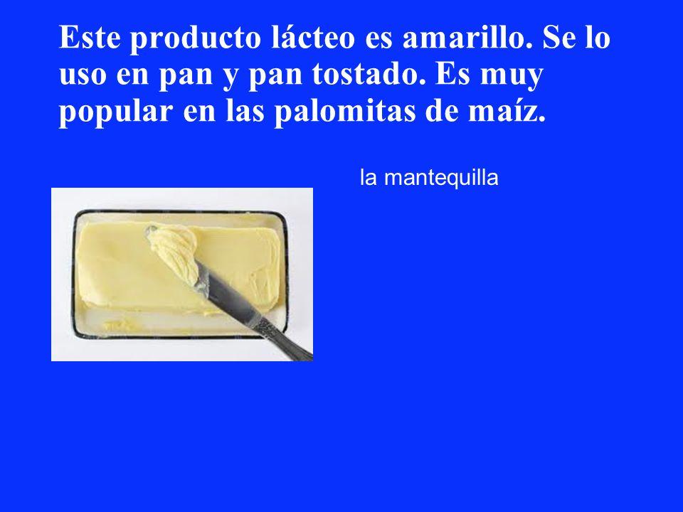 Este producto lácteo es amarillo. Se lo uso en pan y pan tostado