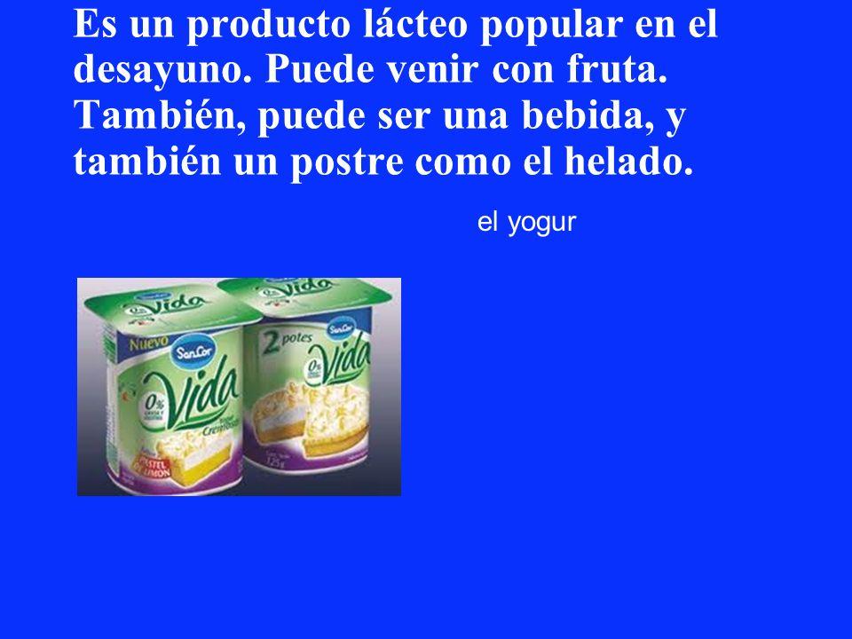 Es un producto lácteo popular en el desayuno. Puede venir con fruta