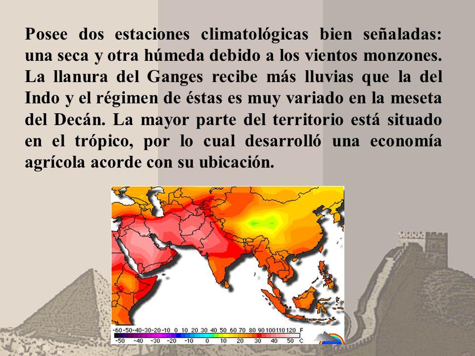Posee dos estaciones climatológicas bien señaladas: una seca y otra húmeda debido a los vientos monzones.
