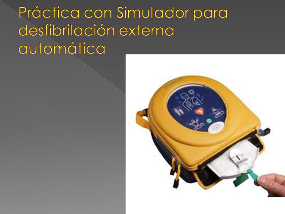 Práctica con Simulador para desfibrilación externa automática