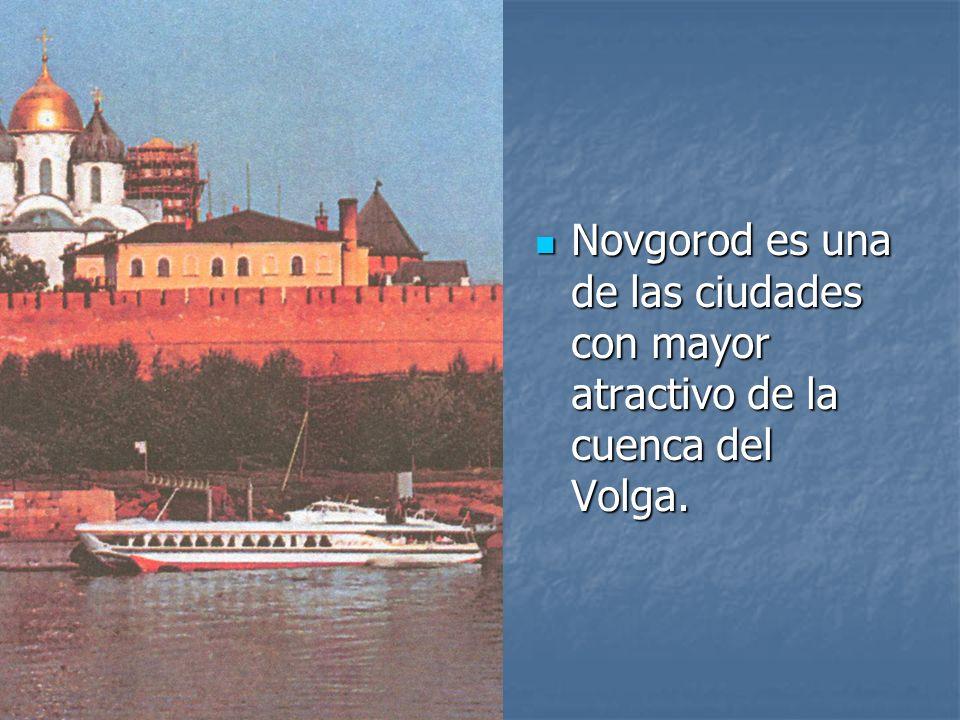 Novgorod es una de las ciudades con mayor atractivo de la cuenca del Volga.