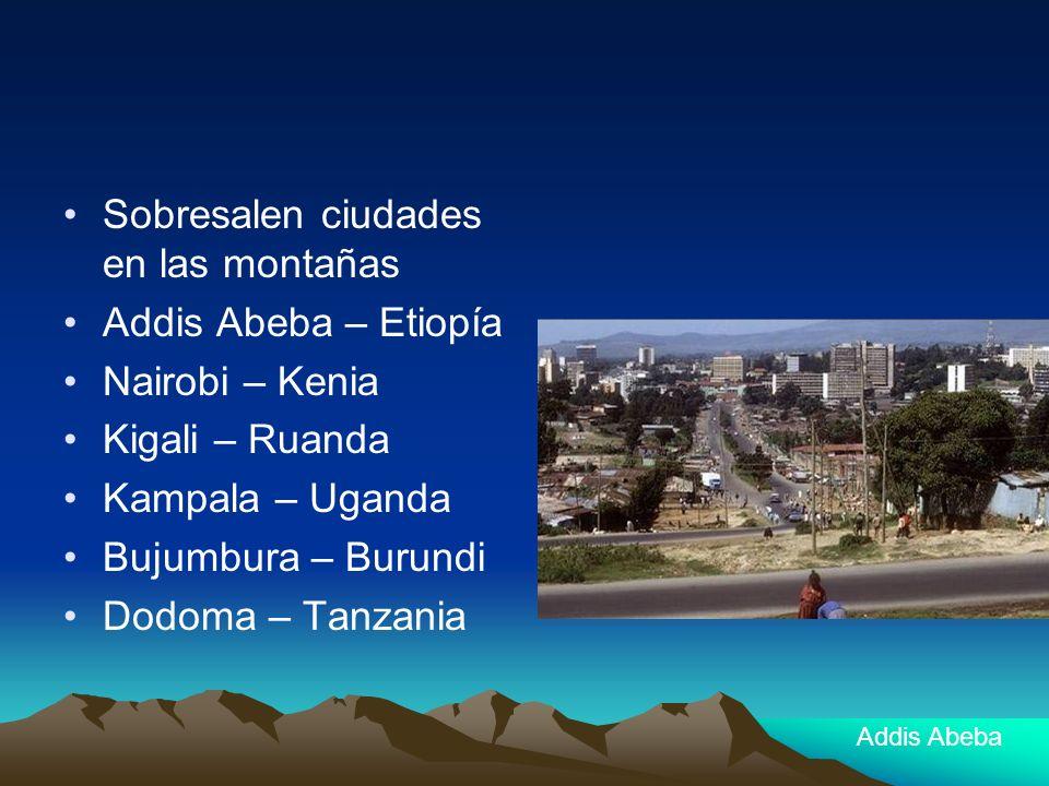 Sobresalen ciudades en las montañas Addis Abeba – Etiopía