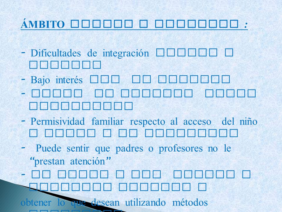 ÁMBITO SOCIAL Y FAMILIAR :