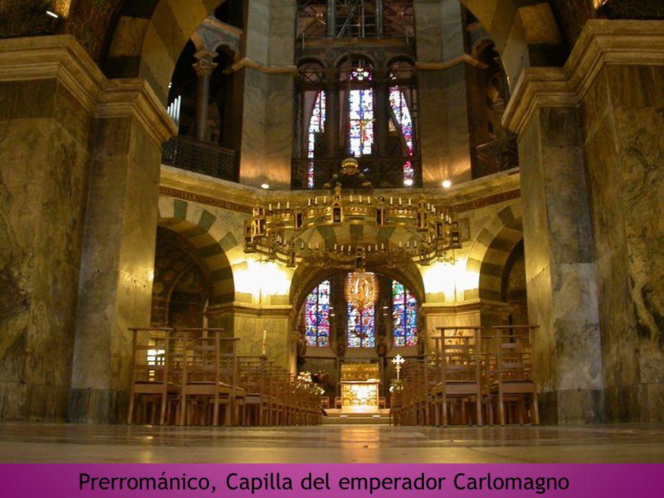 Prerrománico, Capilla del emperador Carlomagno