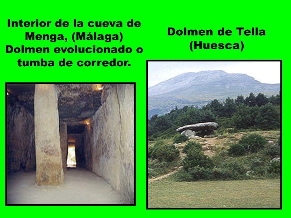Interior de la cueva de Menga, (Málaga) Dolmen evolucionado o tumba de corredor.